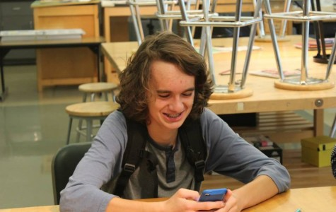 Sophomore Jacob Waymaster attends an Art Club meeting. Photo by Sarah Walwema