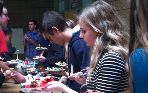 AP government students participate in bake-off