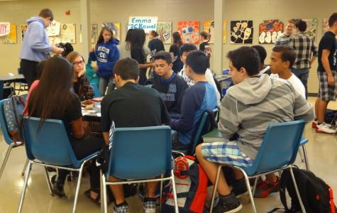 Freshman mentor program meet-up meant to continue relationship building