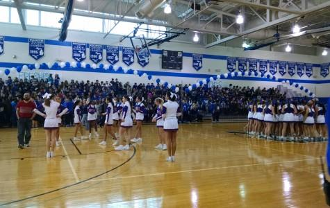 Yearbook staff captures the action at the Crosstown Showdown