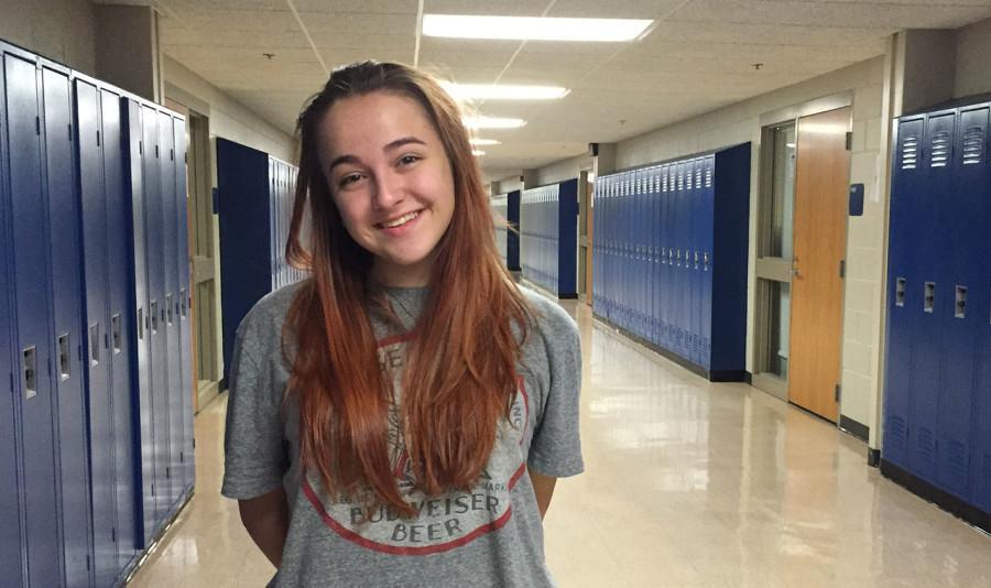 Sophomore Lindsey Garber