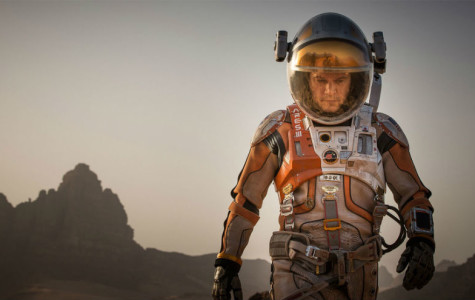 """The Martian"" charms audiences"