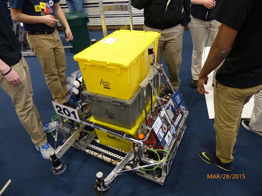 BRIEF: Robotics team prepares for upcoming season