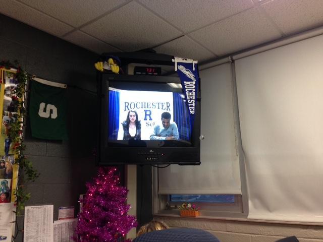 Allison+Surinck+and+Jordan+Sadler+on+the+morning+news.+