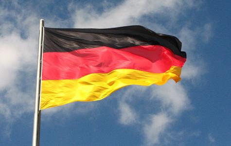 BRIEF: German students write to pen pals in Delta Epsilon Phi