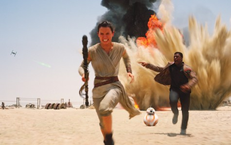 """""""Star Wars: The Force Awakens"""" pleases long time fans"""
