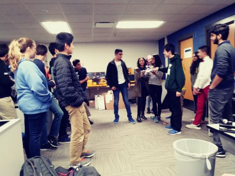 Midterm stress relief expo helps students relax before exams
