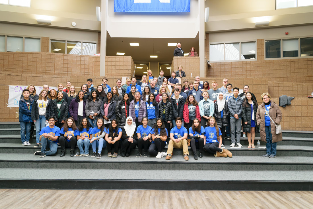 The attendees of Interact Day gather for a picture together.