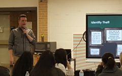BRIEF: RHS Alum holds financial seminar for students