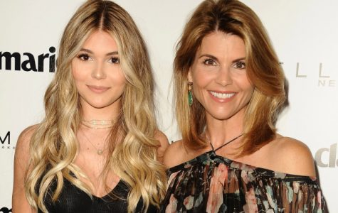 Olivia Jade, on the left, and Lori Loughlin, on the right, posing together at a publicity event for Maybelline. Photo courtesy of Creative Commons.